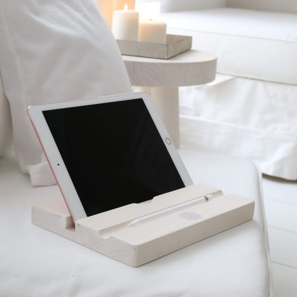 Tablet Halter aus Holz