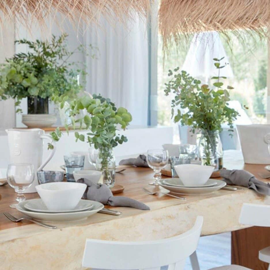 Geschirr aus Steingut für Salat, das Müsli, Suppe oder Snacks. Robustes Material, pflegeleicht und für Spülmaschine und Mikrowelle und Gefrierer geeignet.