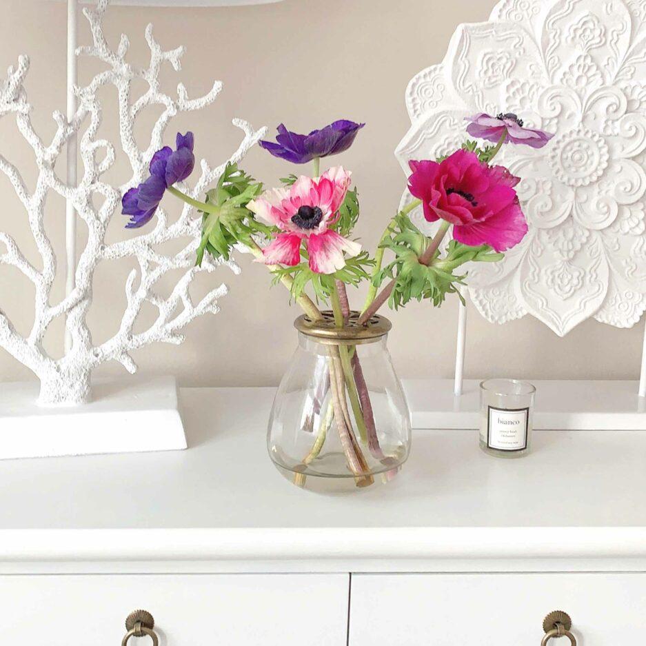 Vase mit Goldenem Rand aus Metall ♥ Romantische Dekoration im Landhaus Stil ✓Für einzelne Blumen & Gesteck ✓Top-Qualität ✓online kaufen