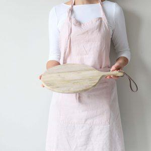 Rundes Schneidebrett aus Holz für die Brotzeit und die Pizza. Rundes Holzbrett mit 30 cm Durchmesser zum Schneiden und Anrichten ♥ online kaufen