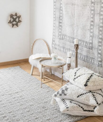 Teppich im Boho Stil aus waschbarer Baumwolle in den Maßen 270x190 & 180x120 cm. Entdecke unsere Block Print Teppiche aus Indien in vielen Mustern