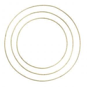Metallring in Gold für die Dekoration von Trockenblumen. Die goldenen Ringe aus Metall sind von der Marke Bungalow DK. Dried Flower Hoops kaufe in 30cm/38cm/46 cm