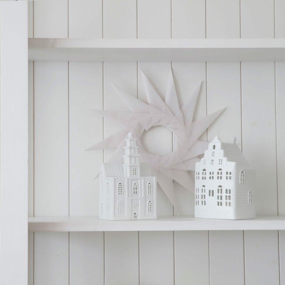 Kerzenhalter in Hausform aus Porzellan von der Marke Klevering. Entdecke die Kerzenhalter in der Form eines Grachtenhaus aus Amsterdam auf Soulbirdee