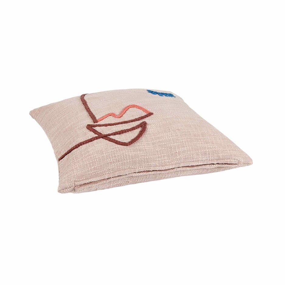 DekoKissen-Bezug mit Gesicht in 45x45 cm aus Bio Baumwolle von Liv Interior. Skandinavische Sofa-Kissenhülle. Kissen und Kisenhüllen im Soulbirdee Onlineshop