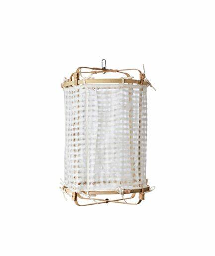 Lampenschirm aus Leinen Small und natürlichem Bambus für die Beleuchtung im Boho Style. Die weiße Lampe passt über den Esstisch und in das Schlafzimmer