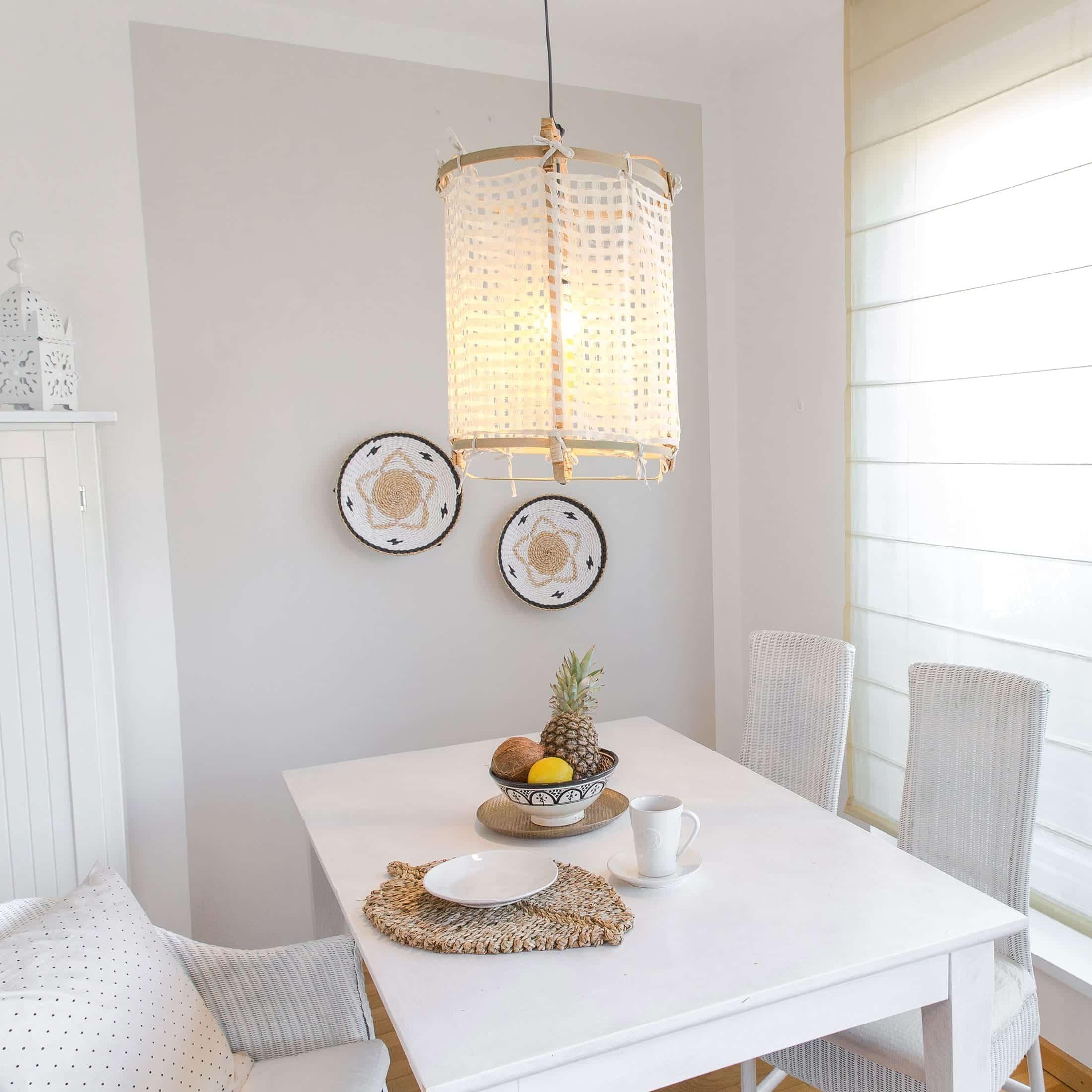 Lampenschirm aus Bambus für Ihre Einrichtung im Strandhaus Stil. Zu den beliebten Lampen gibt es verschiedene Stoffbezüge. Schneller Versand