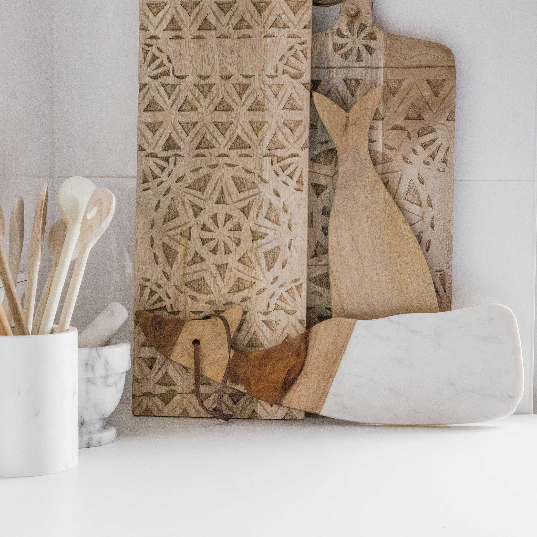 Dekotablett aus Holz, Tablett dekorieren leicht gemacht! Mit fröhlichen Farben und natürlichen Materialien. Neuheiten und Trends & Ideen für Ihre Wohndeko