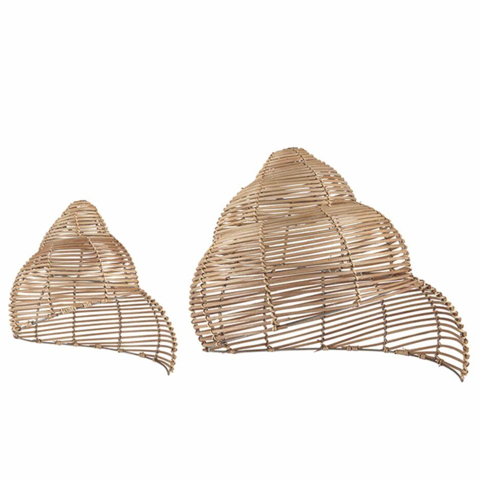 Lampenschirm Schnecke aus Skandinavien. Aus Rattan hergestellt im skandinavischen Stil von Liv Interior. Mit 40 cm perfekt als Hängelampe über dem Esstisch