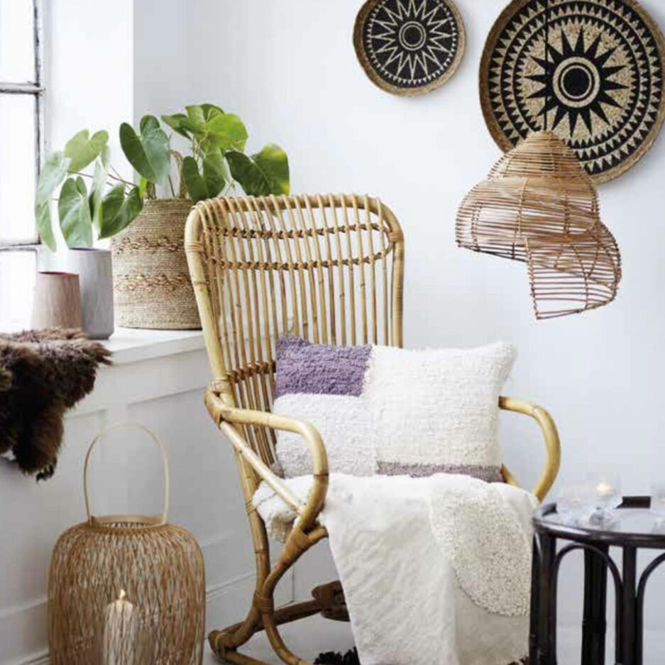 Lampenschirm Muschel aus Bambus aus Skandinavien als Set mit 2 Stück. Die Lampenschirme in 40 cm sowie 30 cm sind unterschiedlich groß und haben die Form einer anmutigen Muschel.