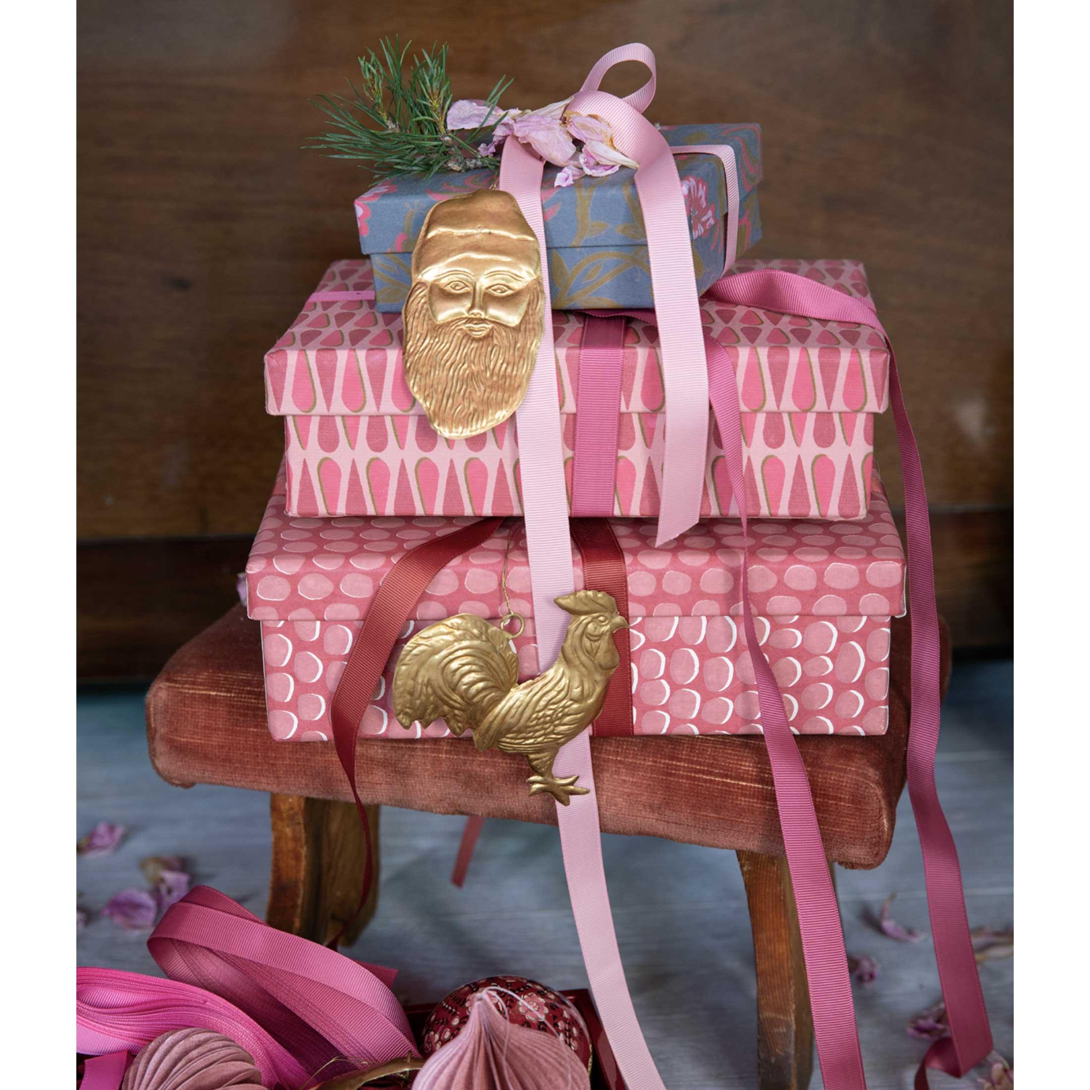 Nikolaus Dekoanhänger in Gold Figur Weihnachtsmann | Geschenk | Christbaumschmuck | skandinavische Weihnachtsdekoration 2020 aus Dänemark. Soulbirdee Onlineshop