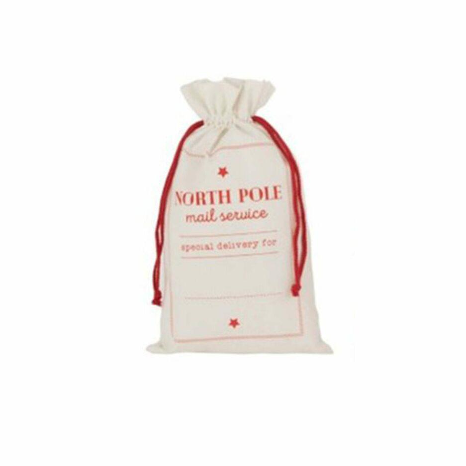 Weißer Nikolaus-Sack für Kinder kaufen. Die großen Nikolaus-Säcke sind im skandinavischen Look für Weihnachten eine schicke Deko und ein süßes Geschenk. Nikolaus Sack online kaufen