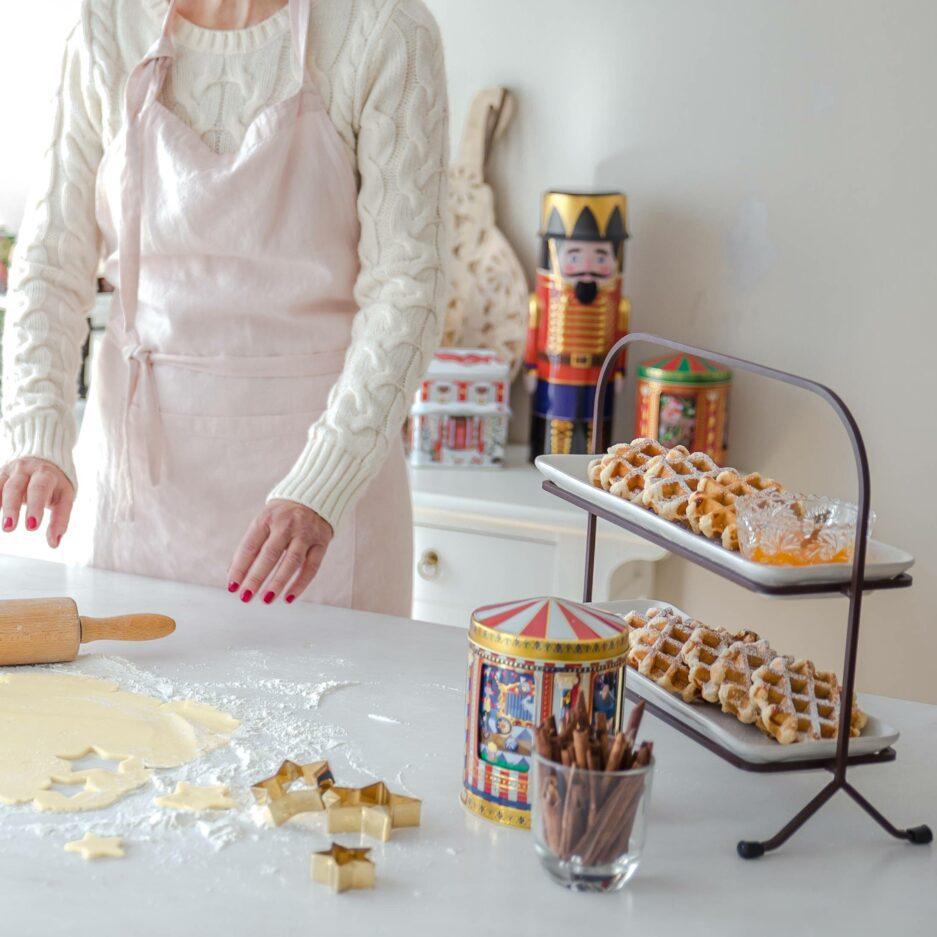 Stabile Etagere fürs Frühstück ♥ Abwechslung beim Sonntagsfrühstück zuhause mit 2 Etagen aus Steinzeug um Süßes und Salziges zu servieren ♥ Soulbirdee Onlineshop