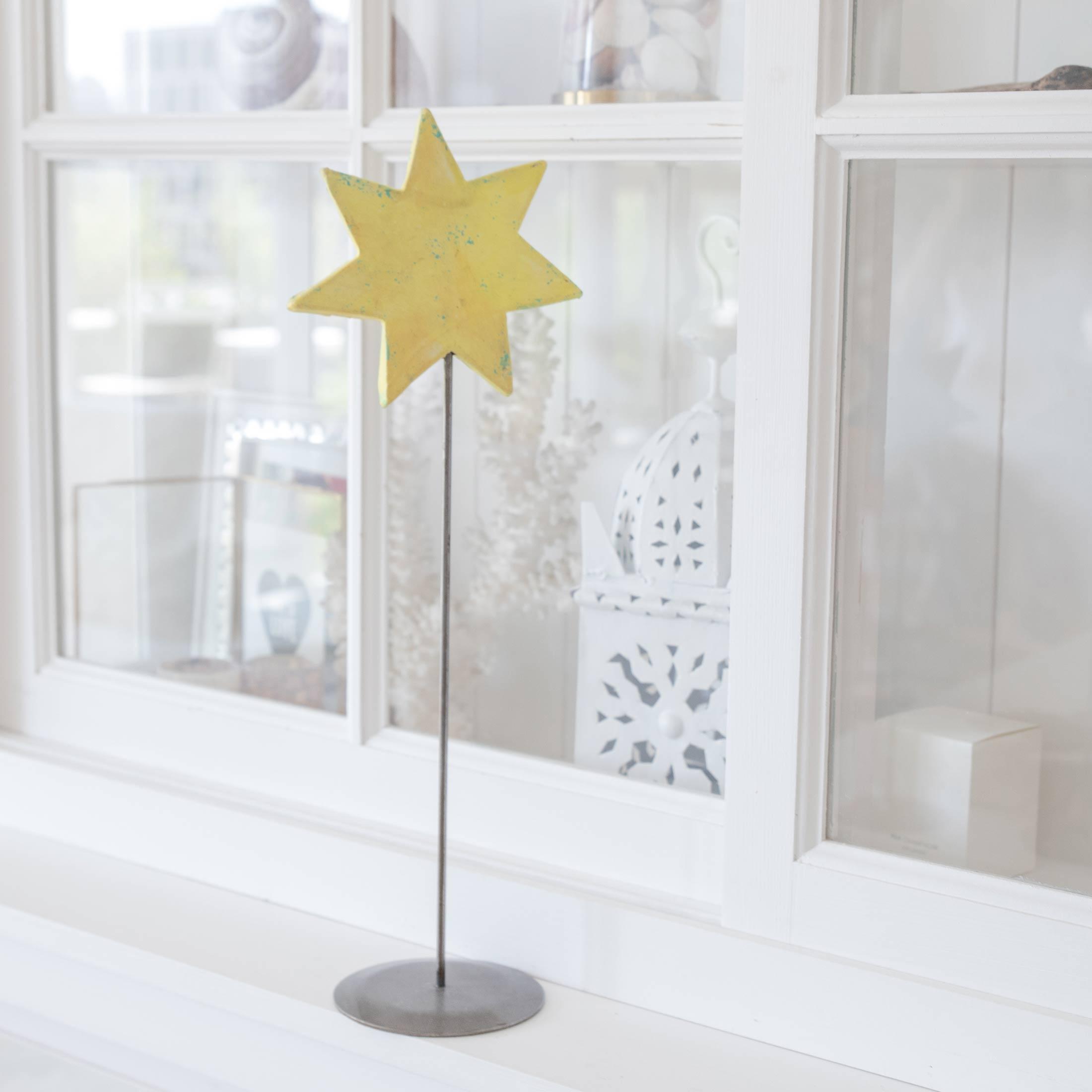 Gelber Deko Stern auf Ständer für die skandinavische Dekoration im Advent | dekorieren Onlineshop Soulbirdee | Weihnachtsdeko online kaufen