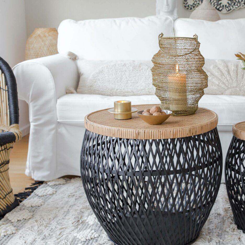 Goldenes Windlicht aus Metalldraht. Die handgemachte Wohndeko im Skandi-Boho Style ist auch ein schickes Geschenk, dazu passt eine dicke Kerze | Wohndeko online kaufen