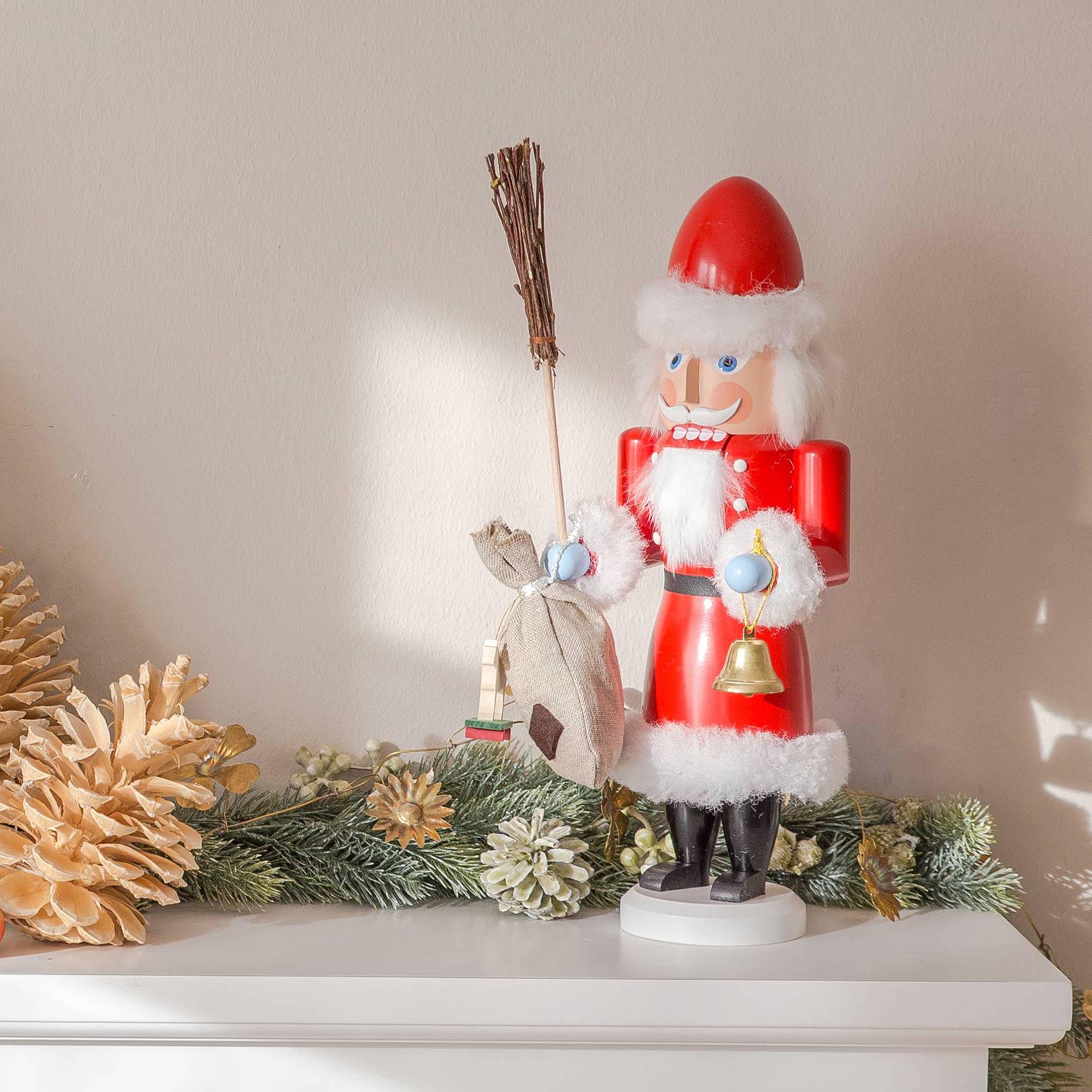 Der Weihnachtsmann Nussknacker Mr. Santa ist eine schöne Holzfigur zum Knacken von Nüssen | Erzgebirge Figuren Weihnachten online kaufen