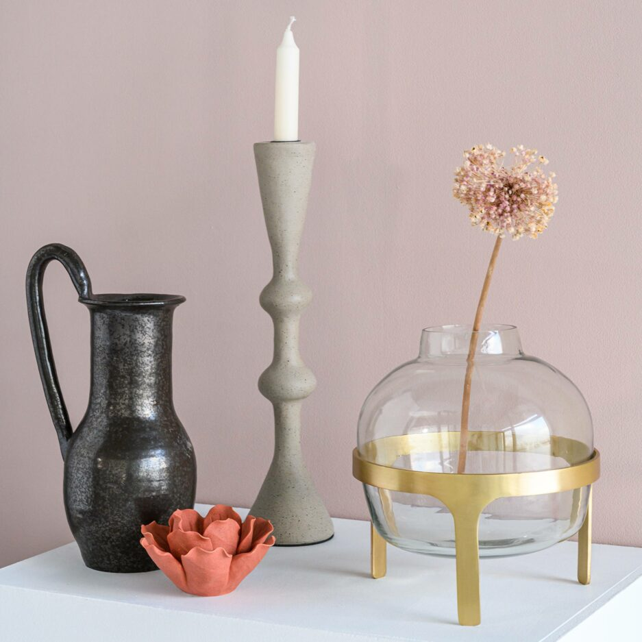 Skandinavische Kerzenhalter in 2 Größen aus Stein. Kerzenständer im minimalistischen Stil für Stabkerzen bei Soulbirdee Online kaufen