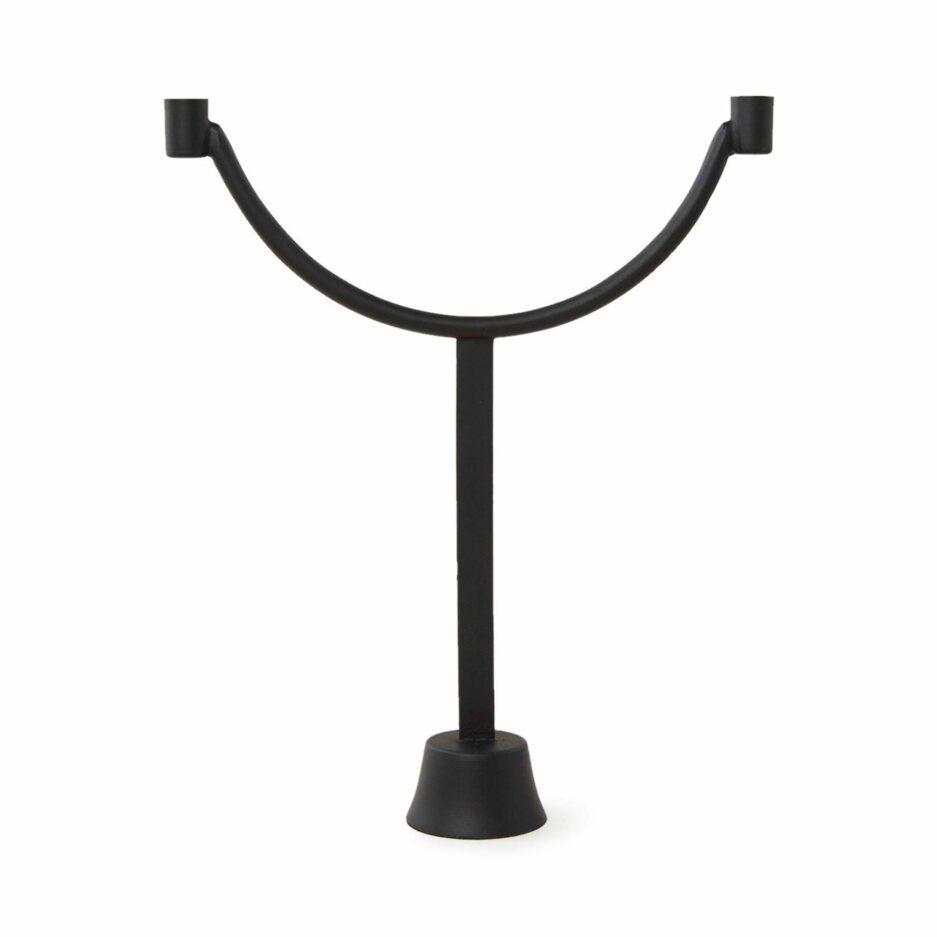 Schwarzer Kerzenleuchter aus Metall von der Marke Urban Nature. Skandinavischer Kerzenständer für 2 Kerzen jetzt bei Soulbirdee kaufen | Netter Service und tolle Wohndeko