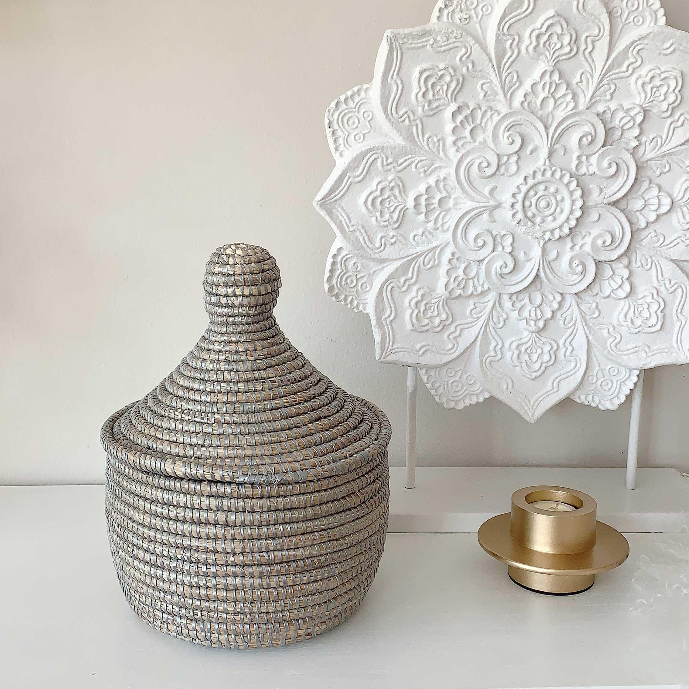 Silberner Deckelkorb Medina online kaufen ♥ Korb ✅ Nützlich & schicke Dekoration. Für Badezimmer, Flur, Wohnzimmer, Küche