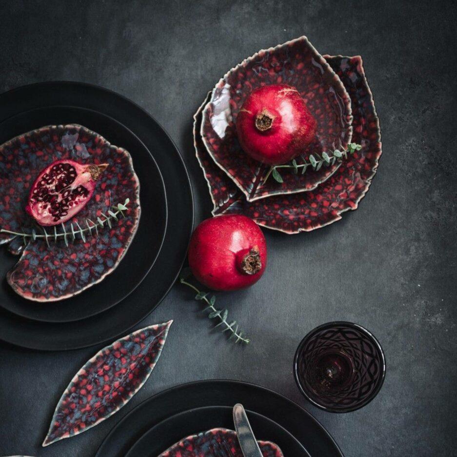Schale in Blattform Kollektion Riviera by Christian Tortu für Costa Nova aus Portugal. Geschirr für Weihnachten bei Soulbirdee kaufen