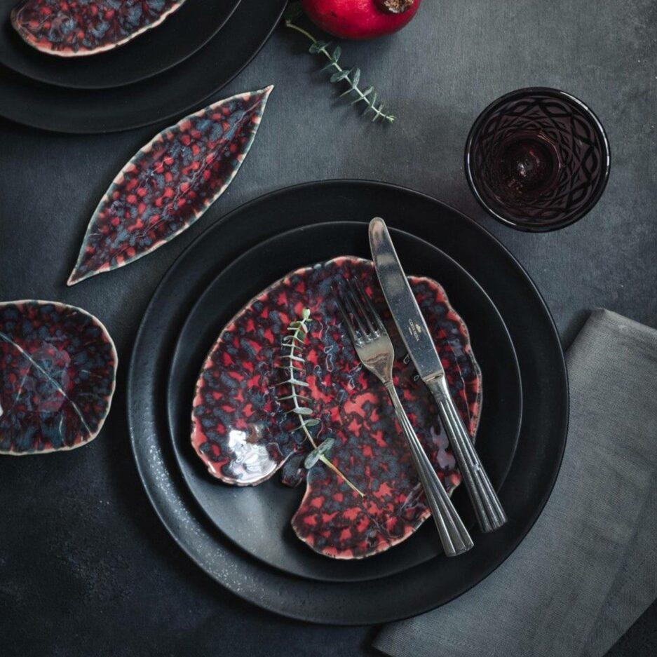 Dessertteller in Blattform mit 17cm Länge, Spülmaschine geeignet, von der Marke Costa Nova. Geschirr für Weihnachten online bestellen