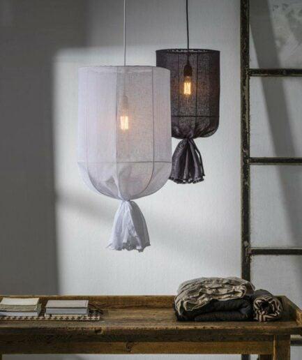 Hängelampe aus Stoff mit 30 & 40 cm Durchmesser von der Marke PR Home aus Schweden. Hängeleuchte in Weiß, durchsichtig bei Soulbirdee kaufen