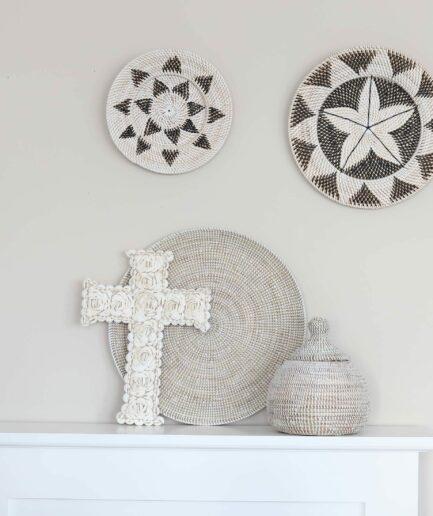 Wanddeco OCEANA ♥ Weiße Wanddekoration aus Seegras | Flache Schale und Wandteller als Dekoration | Onlineshop Soulbirdee Deko & Interior
