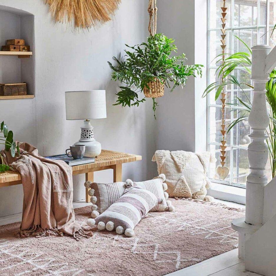 Skandinavisches Kissen 45 x 45 | Kissen mit Quasten und Skandi Muster. Quadratisches Dekokissen online kaufen | Liv Interior Kissen