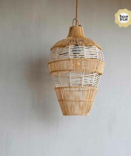 Die hängende Vasenlampe aus Rattan ♥ Bazar Bizar Rattanlampe ♥ Hängelampe kaufen im Bohemian Design ♥ Bazar Bizar bei Soulbirdee Onlineshop