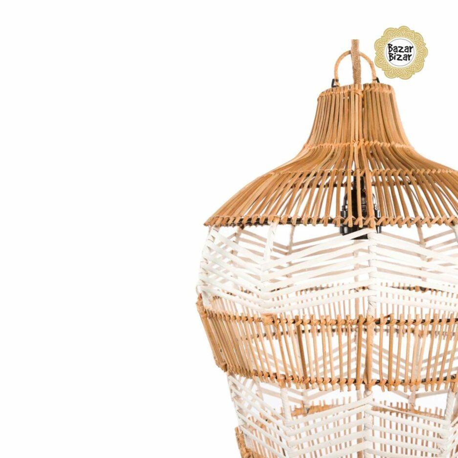 Detail der Vasenlampe aus Rattan ♥ Bazar Bizar Rattanlampe ♥ Hängelampe kaufen im Bohemian Design ♥ Bazar Bizar bei Soulbirdee Onlineshop