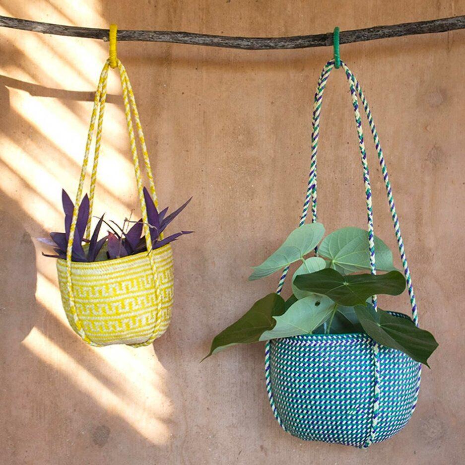 Mexikanische Pflanzenampel ♥ Gewebte Pflanzen Hängedeko aus Palmfaser ♥ aus Mexiko ♥ Boho Dekoration online kaufen ♥ Soulbirdee Onlineshop