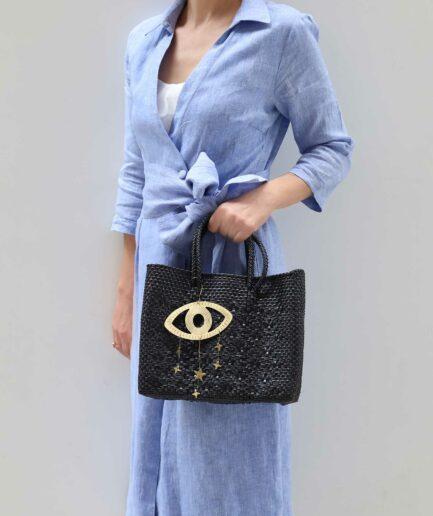 Schwarze Handtasche aus Plastik mit Muster ♥ Robuste Tragetasche aus stabilem Plastikband ♥ Handtasche & Einkaufstasche ♥ Soulbirdee Onlineshop