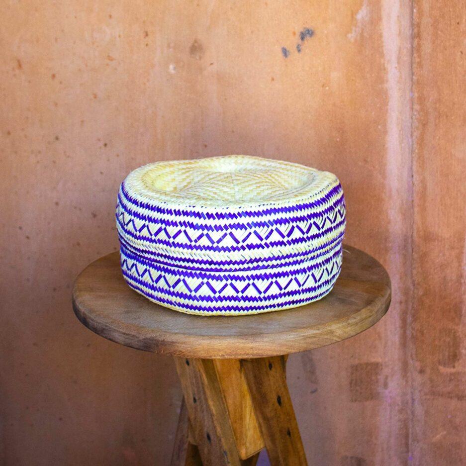 Lila Korb Mexikanischer Korb für die Aufbewahrung und als Dekoration im Ethno Style | Boho Dekoration aus Palmfaser ♥ aus Mexiko ♥ Boho Dekoration online kaufen ♥ Soulbirdee Onlineshop
