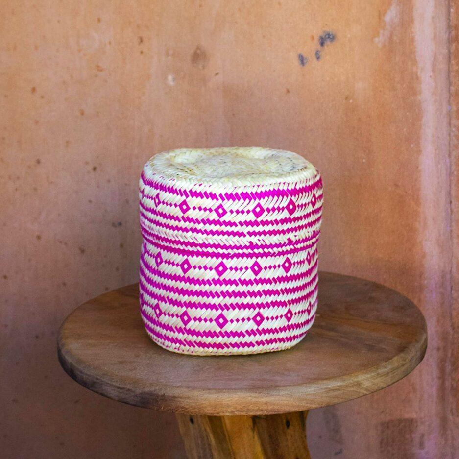 Gemusterter Korb Mexikanischer Korb für die Aufbewahrung und als Dekoration im Ethno Style | Boho Dekoration aus Palmfaser ♥ aus Mexiko ♥ Boho Dekoration online kaufen ♥ Soulbirdee Onlineshop