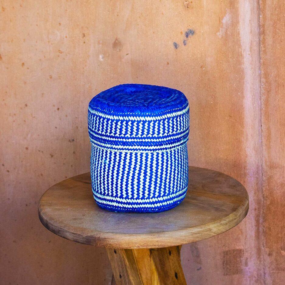 Blauer Korb ♥ Hand geflochtene Körbe aus Mexiko in fröhlichen Farben ♥ Ethno Deko | Dekoration im Ethno Style ♥ Soulbirdee