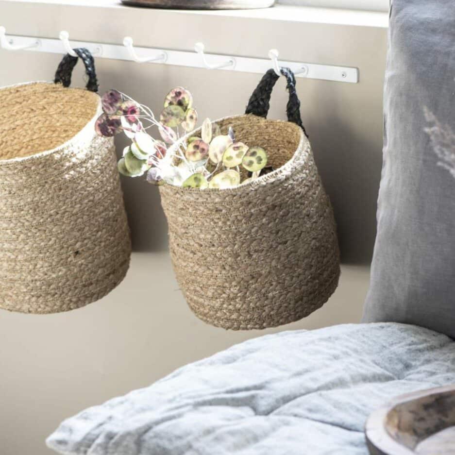 Hakenleiste in Weiss, Wandhaken in Weiß mit 5 Haken in 60cm Länge von der Marke IB Laursen. Garderobe im skandinavischen Stil für Jacken bei Soulbirdee kaufen