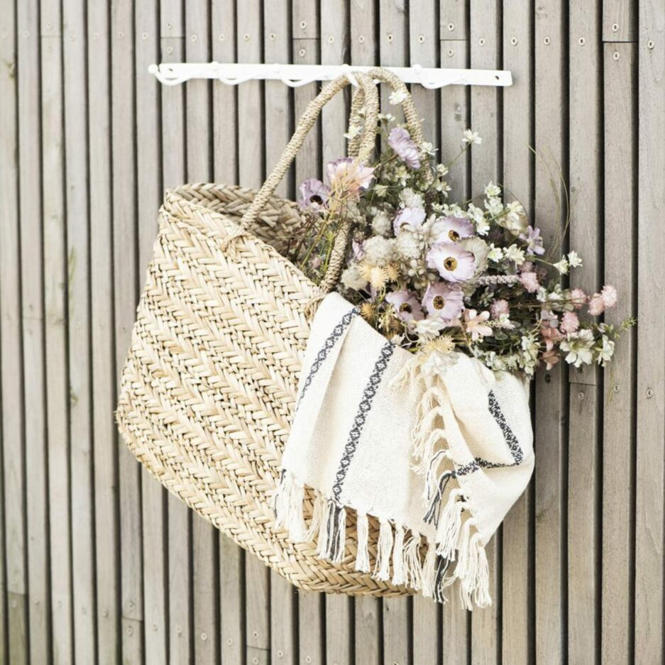 Wandhaken in Weiß mit 5 Haken in 60cm Länge von der Marke IB Laursen. Garderobe im skandinavischen Stil für Jacken bei Soulbirdee kaufen