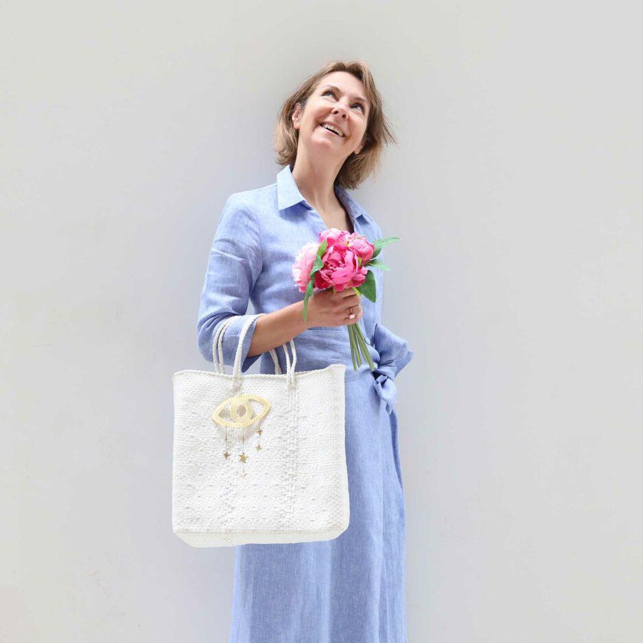 Weisse Handtasche aus Plastik mit Muster ♥ Robuste Tragetasche aus stabilem Plastikband ♥ Handtasche & Einkaufstasche ♥ Soulbirdee Onlineshop