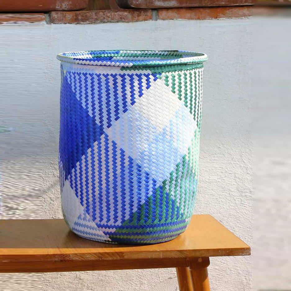 Grosser Boho Deko Korb aus Mexiko | Blauer Karo Übertopf für eine Pflanze