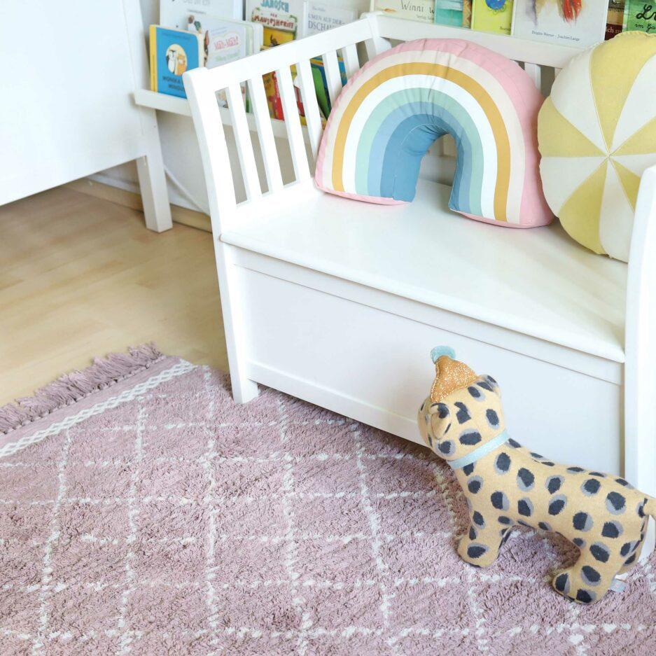 Marokkanischer Teppich fürs Kinderzimmer ♥ Weicher, waschbarer Teppich aus Bio-Baumwolle ♥ Liv Interior Beni Ourain Teppich mit Fransen
