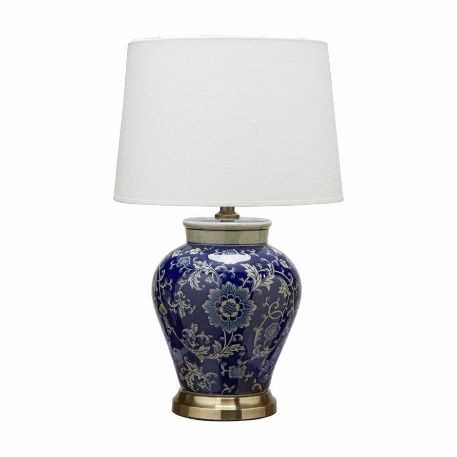 Vasenleuchte aus Keramik in Blau im Chinoiserie Stil von der Marke PR Home. Leuchten im Hamptons Wohnstil aus Porzellan mit Muster kaufen