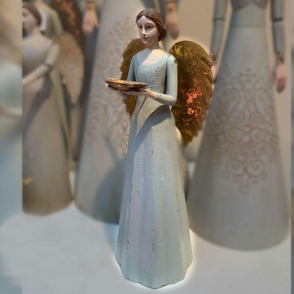 Pastellgrüner Engel Kerzenhalter mit goldenen Flügeln im Vintage Stil