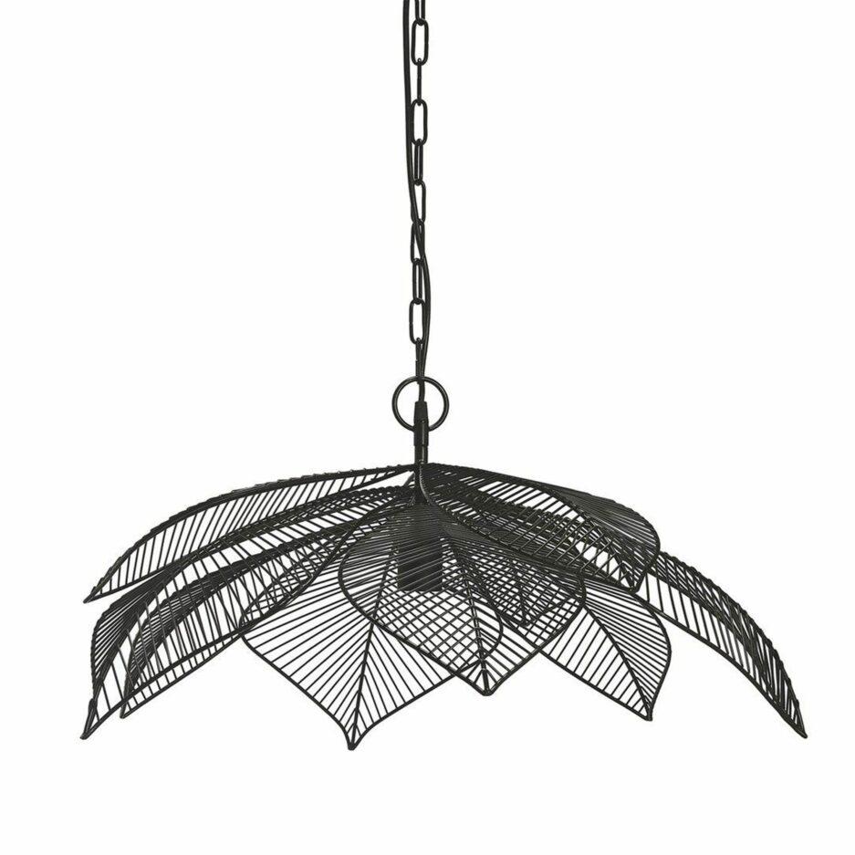 Skandinavische Lampen aus Metall in der Form einer Blume von PR Home. Lampen für das Wohnzimmer und das Esszimmer im skandi Look kaufen
