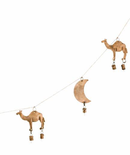 Girlande aus Metall mit Kamel und Mond in Gold. Metallgirlande im Bohemian Stil mit 1,5 Meter Länge für die Wanddekoration